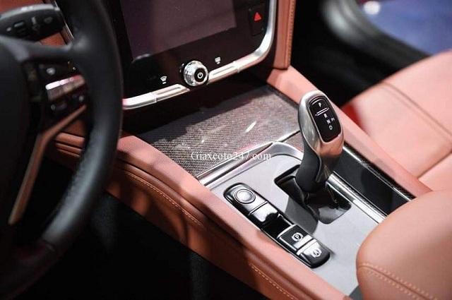 Vo lang xe Vinfast Lux A2.0 - Bảng giá, Thông số kỹ thuật xe VinFast Lux A2.0