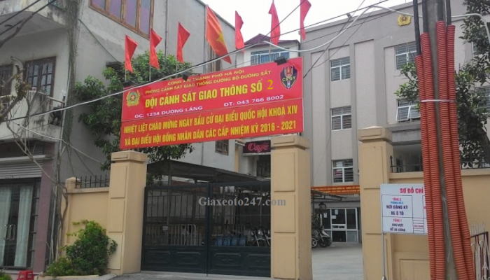 Phong csgt so 2 1234 duong lang 700x400 - Thời gian làm việc và Địa chỉ các điểm đăng ký ô tô tại Hà Nội