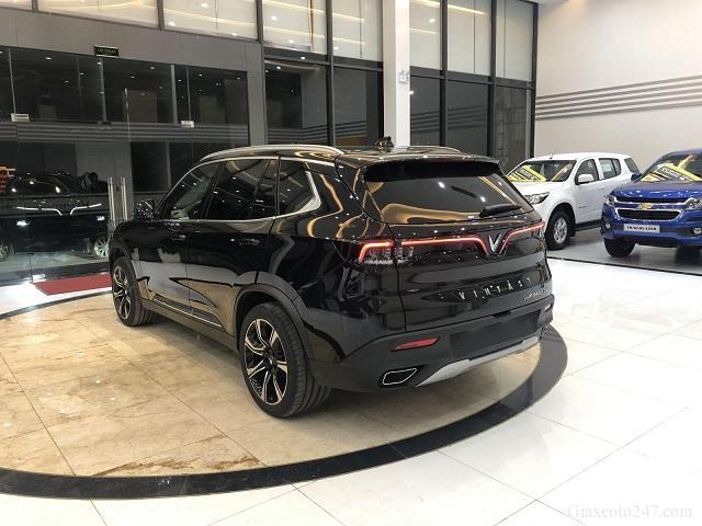 Duoi xe VinFast Lux SA20 a - Chi phí lăn bánh, chi phí ra biển VinFast Lux SA 2.0 (SUV 7 chỗ)