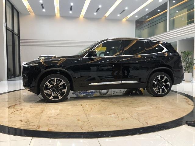 Than xe VinFast Lux SA20 a - Phong thủy xe hơi - Chọn màu hợp mệnh