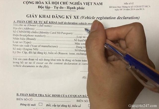 Cach ghi Giay khai dang ky o to xe may 2 - Cách ghi giấy khai đăng ký ô tô, xe máy