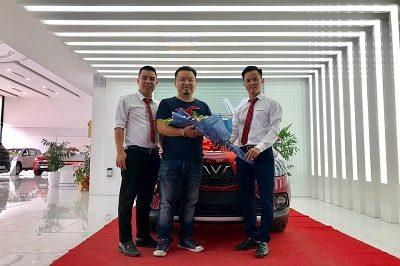 Giao xe VinFast Fadil 9 2019 2 400x266 - VinFast Chevrolet Thăng Long - 68 Trịnh Văn Bô
